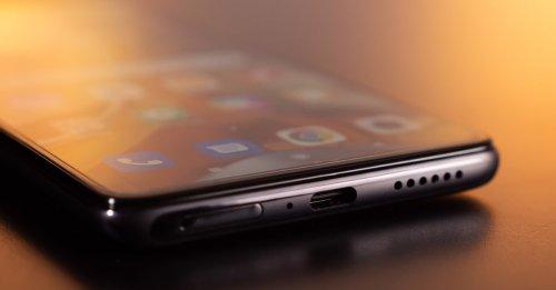 Xiaomi: Neues Top-Smartphone übertrumpft Samsung Galaxy S21 deutlich