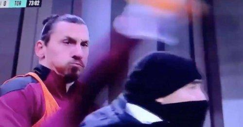Zlatan Ibrahimovic went full Zlatan with bizarre warm-up during AC Milan v Torino
