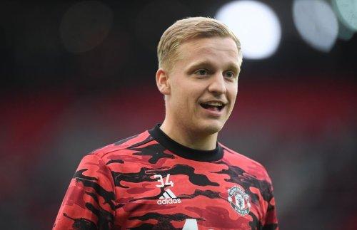 Fabrizio Romano clarifies Arsenal transfer link with Man United's Donny van de Beek