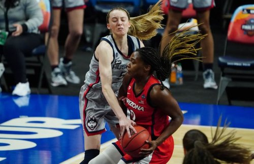 WNBA: Paige Bueckers and Caitlin Clack prove draft rules must change