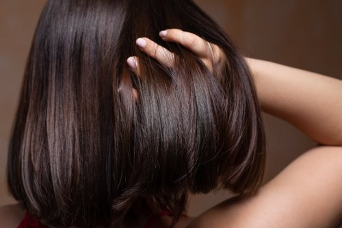 Castor Oil For Hair Growth: Does It Work? - Glam