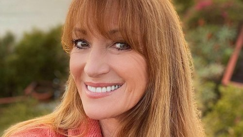 Jane Seymour Drops Her Skin-Care Routine