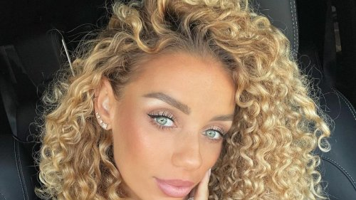 Tuscan Sunned Hair Is the Perfect Shade for Curly Girls