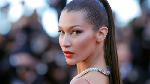Bella Hadid Looks So Cool With This Blonde Bob