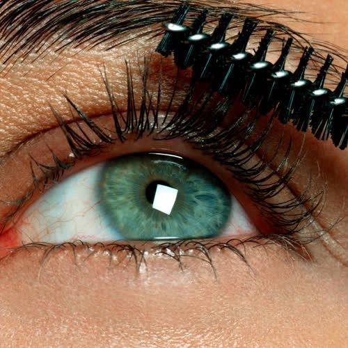 Mascara-Entdeckung: Diese 8-Euro-Volumen-Wimperntusche begeistert im Netz