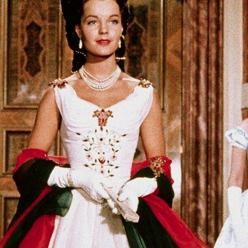 "Netflix-Serie ""The Empress"" : ""The Empress"" bei Netflix: Das ist der Cast der neuen Serie über Kaiserin Sisi"
