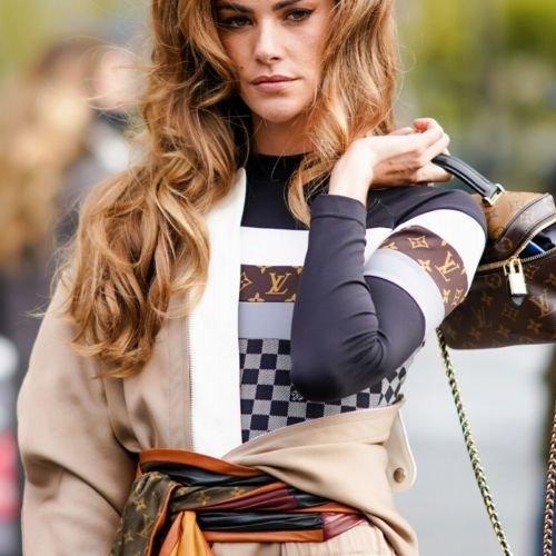 Accessoires-Trend 2021: Die besten Styling-Tricks für das Halstuch