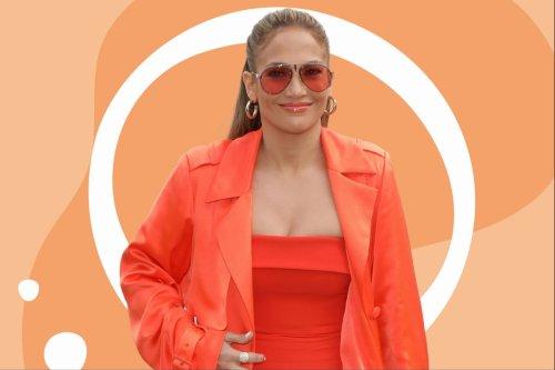 """TikTok: Die Bag von Jennifer Lopez ist die """"Tasche des Jahres"""" – und hier kannst du sie kaufen"""