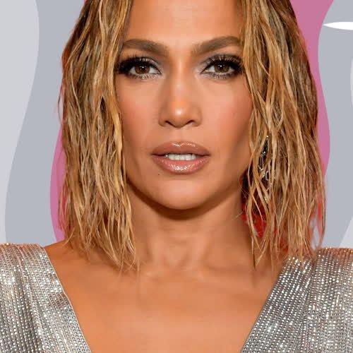 Jennifer Lopez: Die Sängerin zeigt, wie cool sich Slip Dresses im Herbst stylen lassen