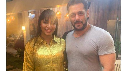 Arshi Khan seeks Salman Khan's help find a groom!