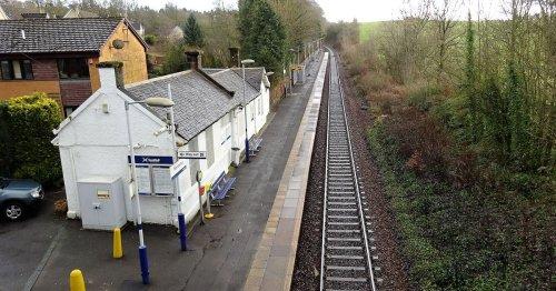 Thug sets fire to railway line before boarding train towards Glasgow