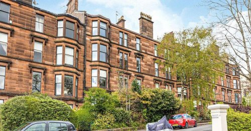 Huge west end flat up for sale takes Botanic Gardens theme indoors