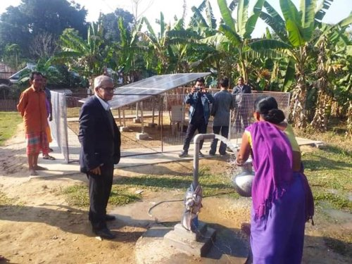 India's 'Solar Man' Sets Up Clean Energy Solution for People Living in Poverty