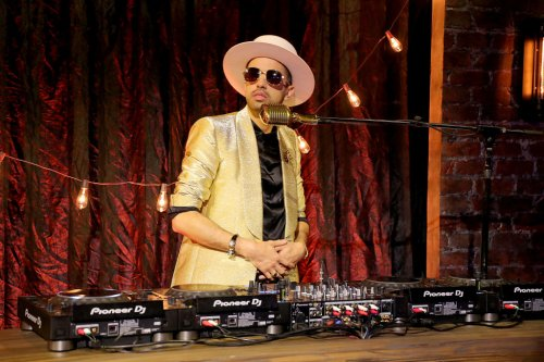 """Exclusive: DJ Cassidy Talks """"Pass the Mic"""" Series Ahead of Special BET Mother's Day Episode"""
