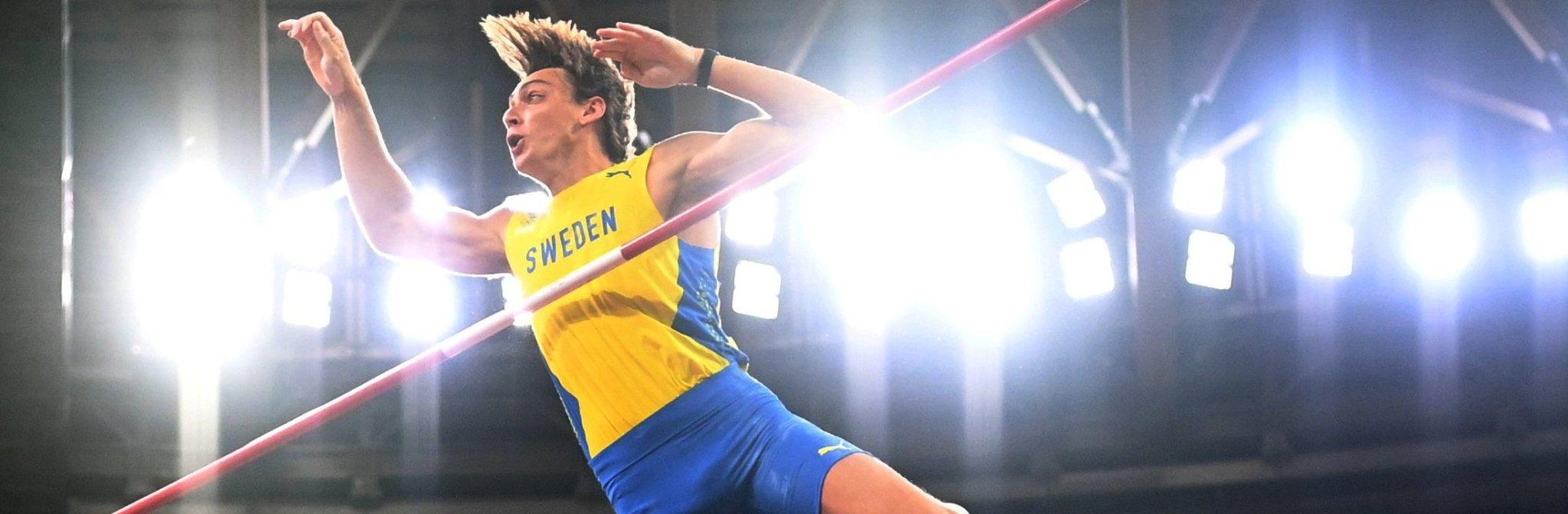 Olympics-Athletics-Sweden's Duplantis soars to pole vault gold