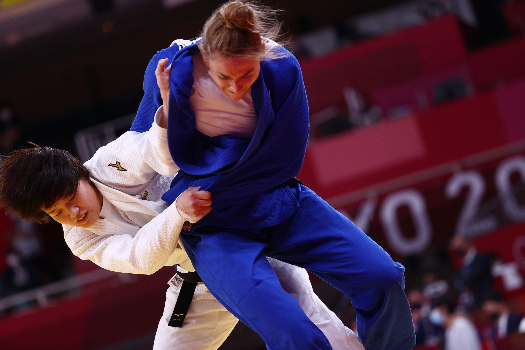 Olympics-Judo-Arai wins women's -70 kg gold to keep Japan medal rush going