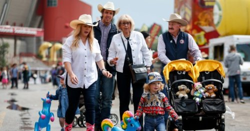 71 COVID-19 cases linked to Calgary Stampede — but expert says that may be an underestimate | Globalnews.ca