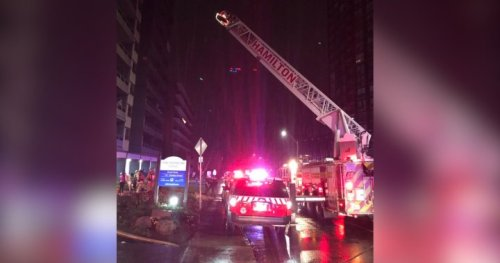 Smoking suspected as cause of blaze at Hamilton high-rise - Hamilton | Globalnews.ca