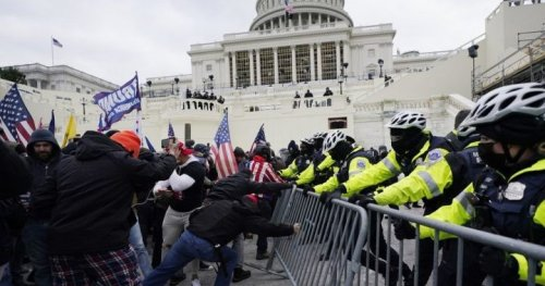 'Democracy survived' in U.S. Capitol riot because of police, Biden says - National | Globalnews.ca
