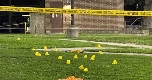 12-year-old boy seriously injured after shooting at Toronto apartment park - Toronto   Globalnews.ca