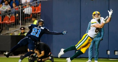 Edmonton signs CFL all star receiver Greg Ellingson for another year