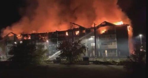 Fire burns through Brandon condo building - Winnipeg | Globalnews.ca