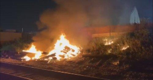 Calgary fire crews kept busy with early morning blaze near train tracks in Ogden - Calgary | Globalnews.ca