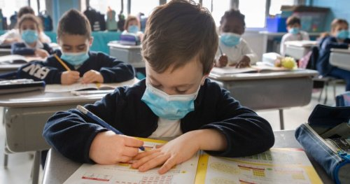 Quebec students will no longer be obliged to wear masks in class as of Tuesday amid heatwave