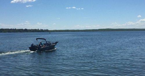 Search crews looking for missing Edmonton man in Wabamun Lake - Edmonton | Globalnews.ca