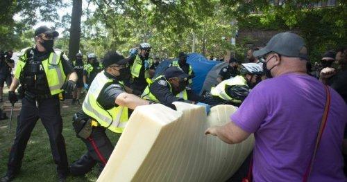 Toronto's ombudsman to investigate homeless encampment clearings - Toronto | Globalnews.ca