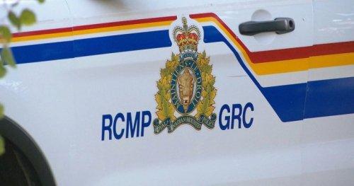 2 people dead after highway collision in west-central Alberta - Edmonton | Globalnews.ca