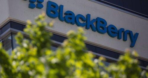 Blackberry reports $144M loss, revenue down 32% in Q3 2021 - National   Globalnews.ca