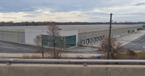 Amazon cancels plans for Oakville warehouse, goes to Mississauga instead | Globalnews.ca