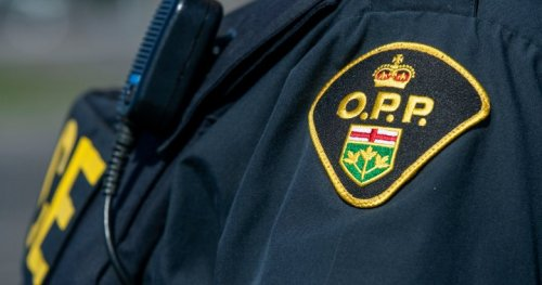 Kitchener driver charged after 1 killed, 4 hurt in two-vehicle crash near Elora, Ont. | Globalnews.ca