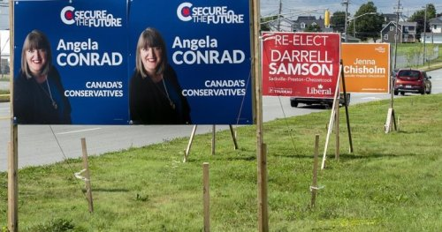 Traditional election campaign methods still key in the digital age: experts | Globalnews.ca