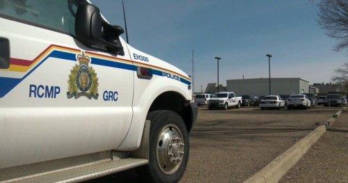 Dirt bike collision in Alcomdale leaves one man dead - Edmonton | Globalnews.ca