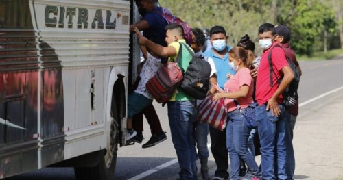 U.S. considering cash payments to Central America to stem migration, officials say - National | Globalnews.ca