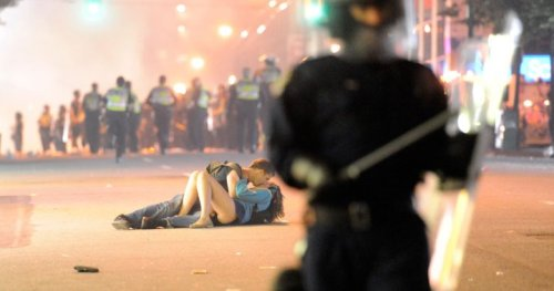 10 years later: The Vancouver riot kissing couple is still together