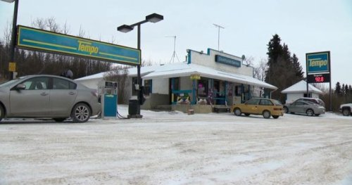 COVID-19: RCMP arrest operators of Alberta gas station in connection with public health orders, threats