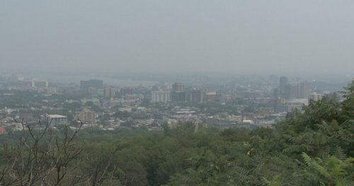 Environment Canada warns of poor air quality as smoke from Ontario fires blows in to Quebec - Montreal | Globalnews.ca