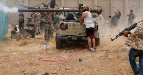 Violence rages in Libya as fighters attempt to advance into Tripoli - National | Globalnews.ca
