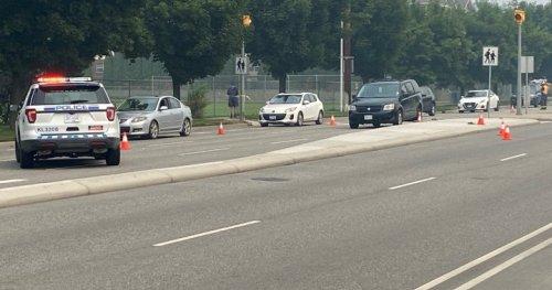 Teen boy hit by vehicle at Kelowna crosswalk, receives 'potentially life-threatening injuries' | Globalnews.ca