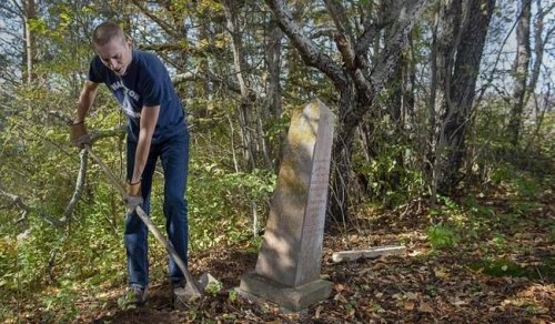 Gone and forgotten: The history buried in Nova Scotia's abandoned cemeteries - Halifax | Globalnews.ca