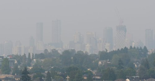 Metro Vancouver residents urged to prepare for smoky skies amid B.C. wildfires - BC   Globalnews.ca