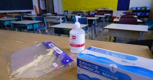 COVID-19 outbreak prompts temporary closure of Quebec elementary school - Montreal   Globalnews.ca