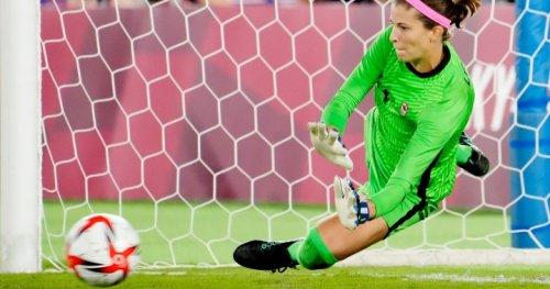 Canadian goalkeeper Stephanie Labbe shares mental health struggles during Tokyo Olympics   Globalnews.ca