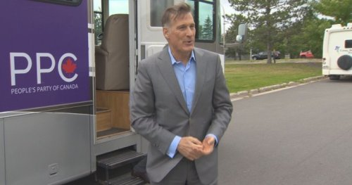 Maxime Bernier returns to Montreal day after his arrest in Manitoba