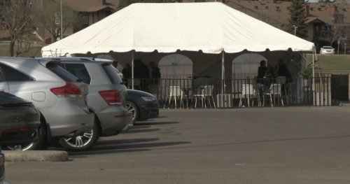 Infectious disease specialist cautions Edmontonians against visiting enclosed patio tents