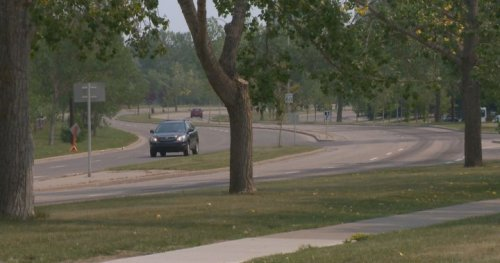Southwest Calgary residents concerned with speed, traffic due to ring road connection - Calgary | Globalnews.ca