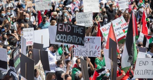Thousands of Palestinian supporters demonstrate in Montreal against Israel's military actions
